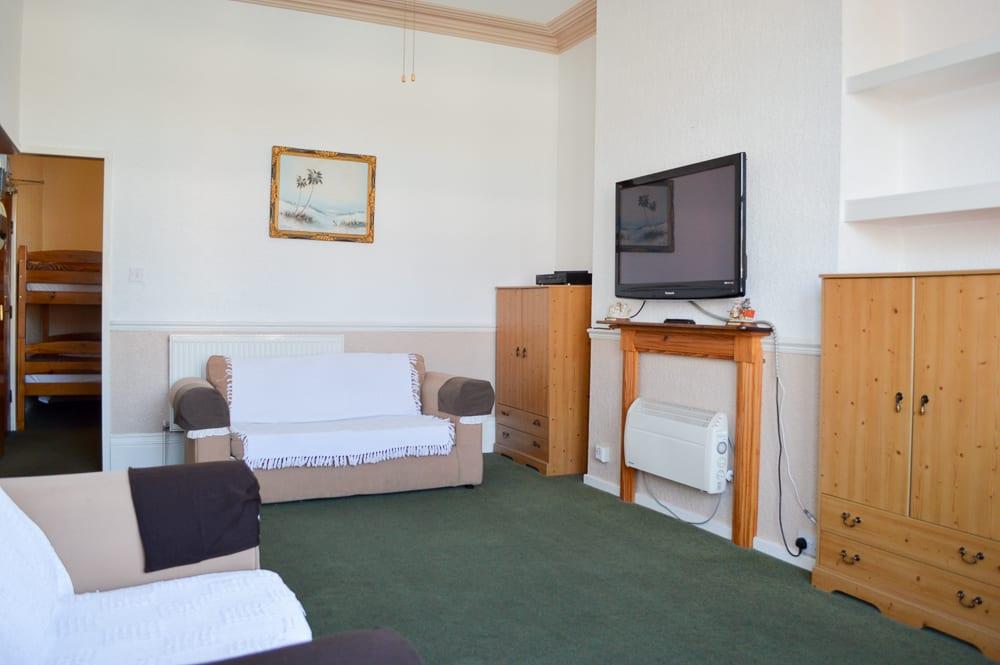 Flat 2 lounge 3
